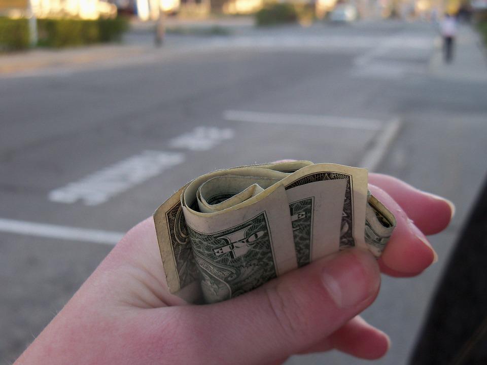 dolary v ruce